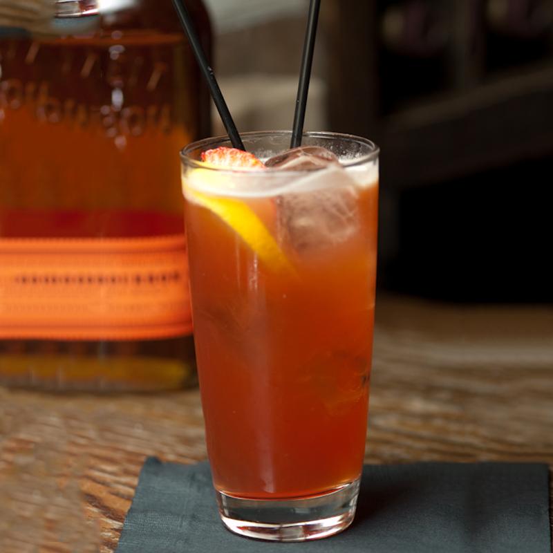 Bulleit Bourbon Kentucky Buck - Bourbon Cocktail