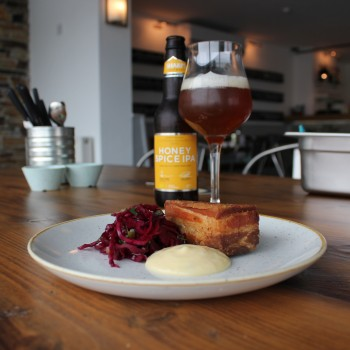 Honey-Spice-IPA-with-pork-belly-potato-terrine-and-pickled-red-cabbage-350x350